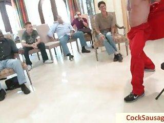 15 guys and one incredible hunk