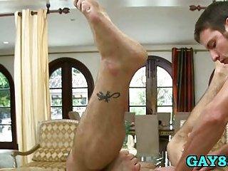 Ripe gay masseur fucks a client