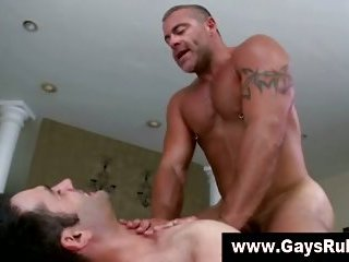 A straight turned gay hunk gives muscley gay bear a facial