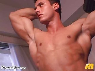 Handsome Chap Cock Wanking