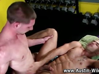 Pornstar takes bottom and gets fucked