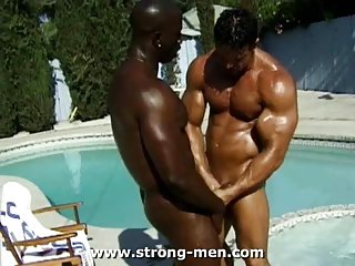 Steamy ebony sex outdoor