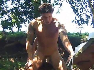 Horny Gay Guys Safe Outdoor Banging