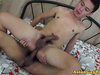 Twink cums after bareback anal sex